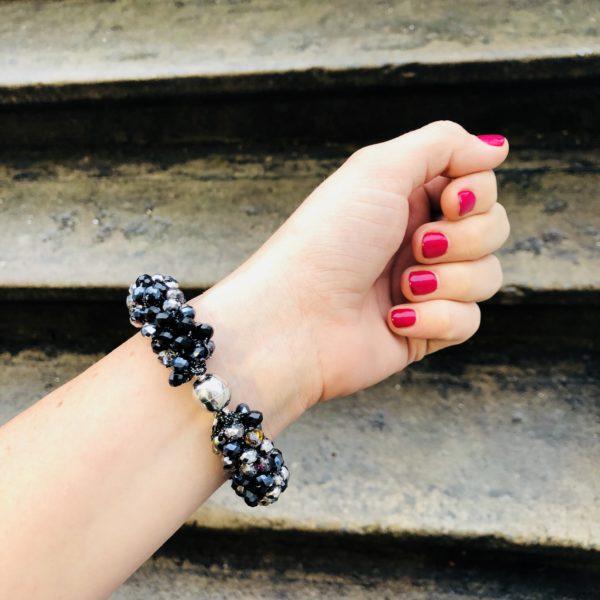 INAstyle I Schwarzes Armband MAGNIFICA mit Glaskristallen und Magnetverschluss!