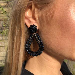 Close-Up INAstyle schwarze Ohrringe aus Glaskristallen für glamouröse Auftritte
