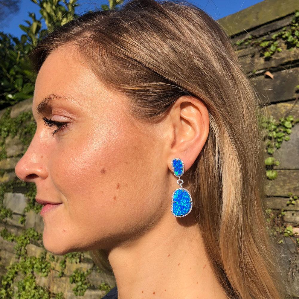 INAstyle I Blauer Steckerohrring PAULINE mit zwei Opalen und vielen kleinen Zirkonia Steinen!