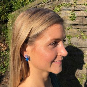 INAstyle I Blauer Steckerohrring RELLA mit unterschiedlich farbigen Cateye Steinen!