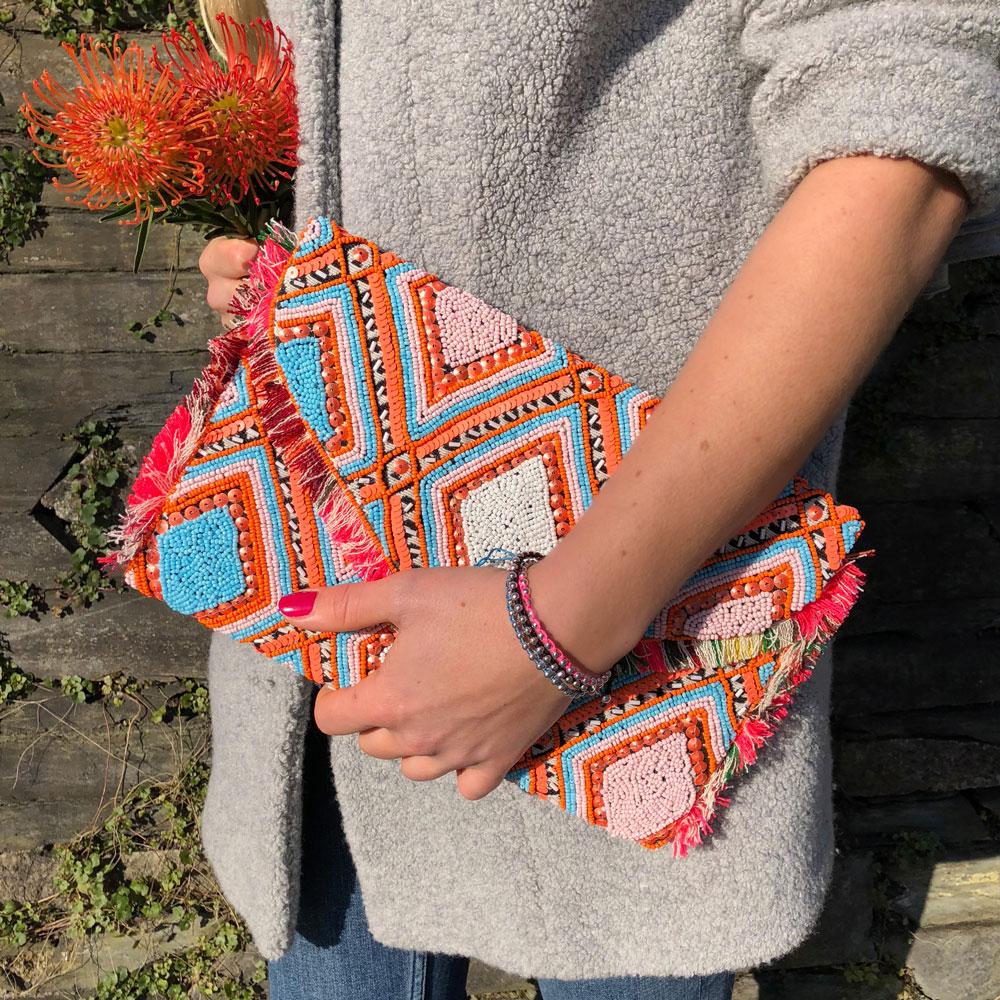 INAstyle I Schöne Boho-Clutch ALOHA in Neon-Orange, Türkis, Weiß und Pink!
