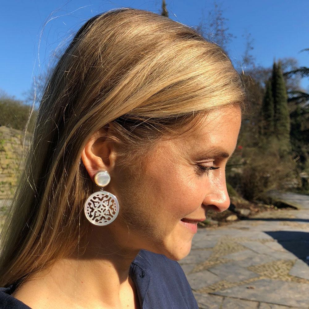 INAstyle Brautschmuck Ohrring weiß Perlmutt Stecker und Clip