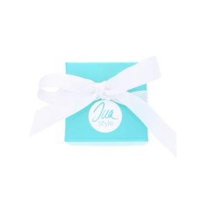 INAstyle kleine Schmuckbox in Türkis mit weißem Logo als Geschenkverpackung
