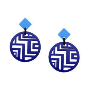 INAstyle I Steckerohrring Minh in Blau und Hellblau aus hochwertigem Büffelhorn und Labyrinth-Cut-Outs im Anhänger!