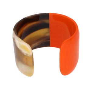 INAstyle I Armspange Brace in Orange und Braun aus Büffelhorn, teilweise lackiert!