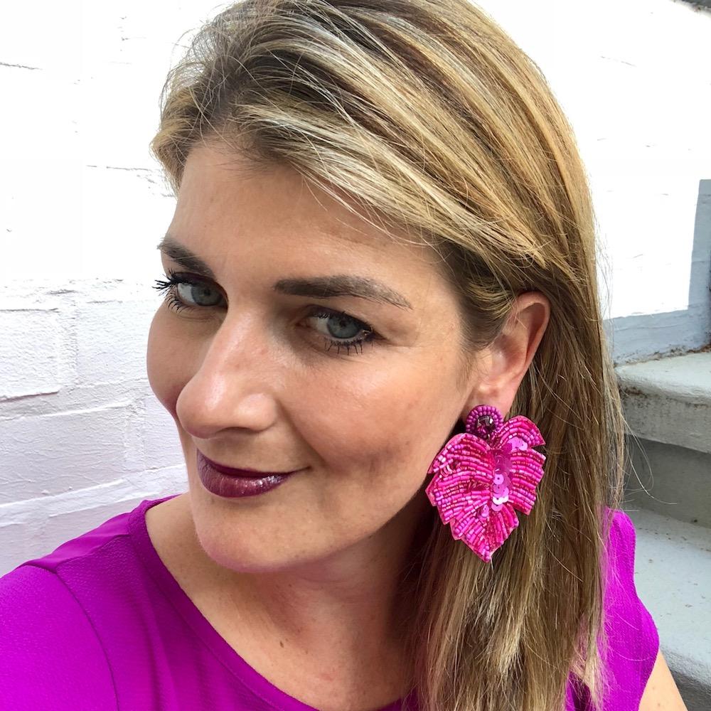 INAstyle I Steckerohrring Exotica in Pink mit Tropenblatt-Design, vielen Perlen und Pailletten!