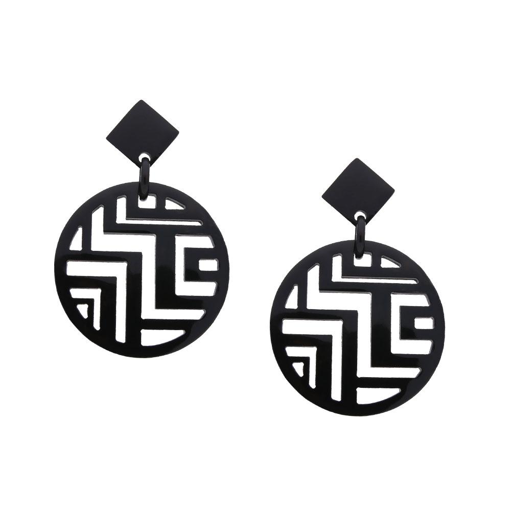 INAstyle I Steckerohrring Minh in Schwarz aus hochwertigem Büffelhorn mit rundem Anhänger inkl. Labyrinth-Muster!