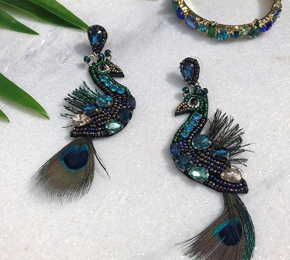 INAstyle I Ohrring Peacock in Form eines Pfaues in Grün, Blau und Gold!